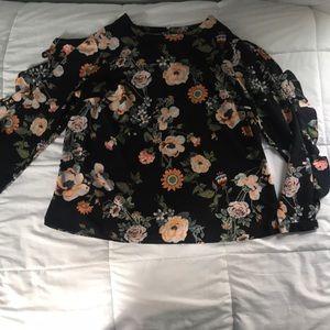 Ava & Viv Long Sleeved Floral Blouse